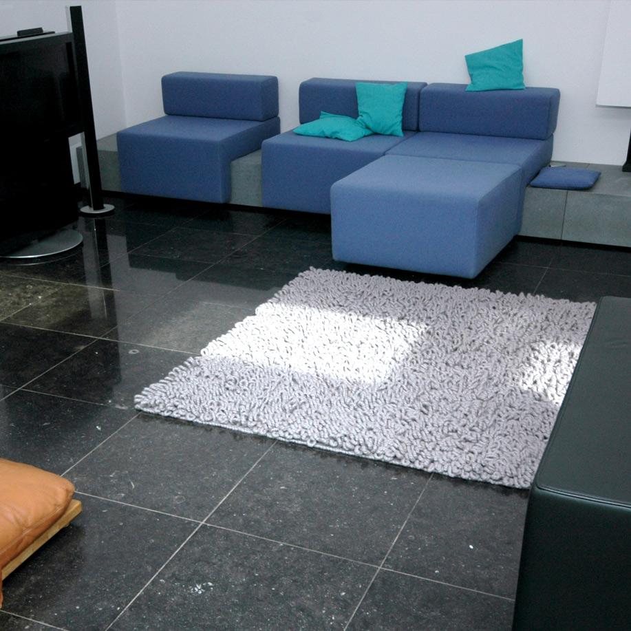Marjo-van-laar-meubelstoffering-maastricht-zitbanken-blauw
