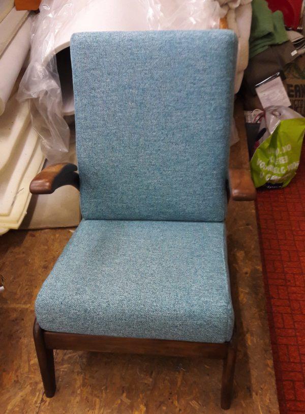 Moderne twist op oude stoel